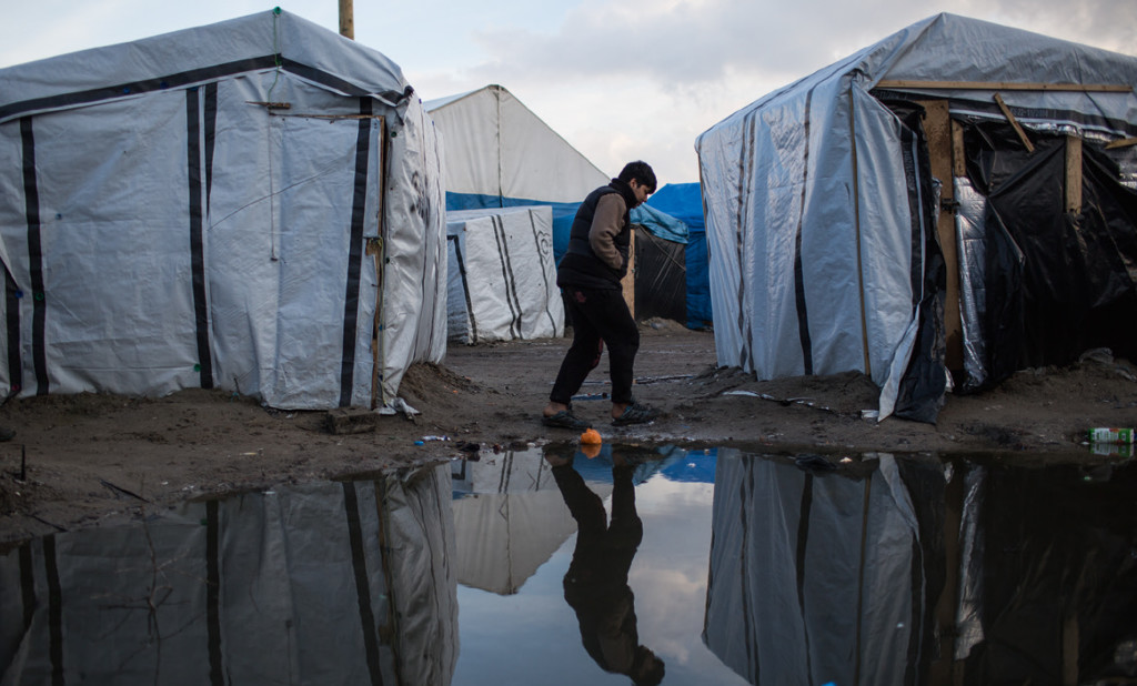 Child in Calais, taken from UNICEF Neither Safe Nor Sound report